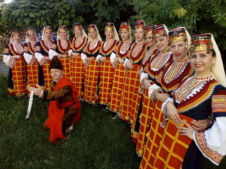Танцова школа Хоро открива нова група за начинаещи